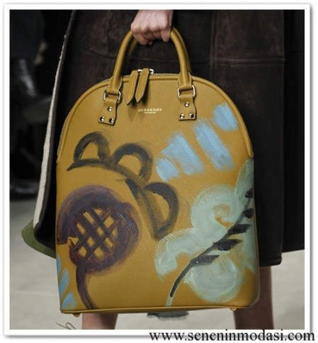 Burberry-Fall-2014-hand painted bags