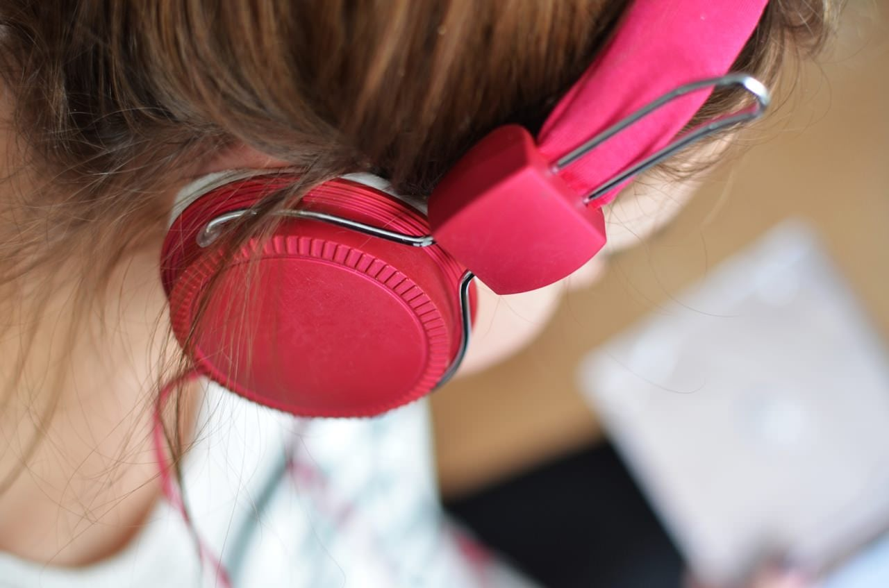cara memilih headset bluetooth terbaik