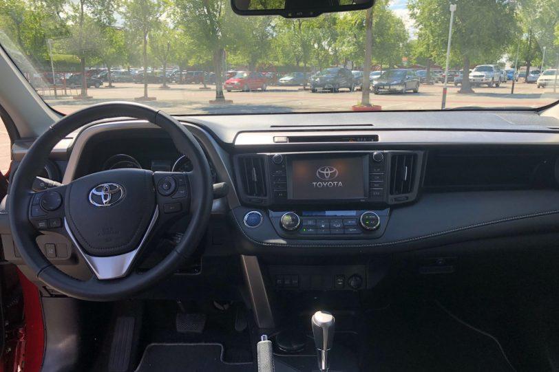 20180611 092402751 iOS 1260x840 - Toyota RAV4 Hybrid Advance 2WD