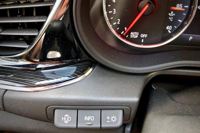 Head Up Display 1140x760 - Opel Insignia Grand Sport 1.6 CDTI 136 CV