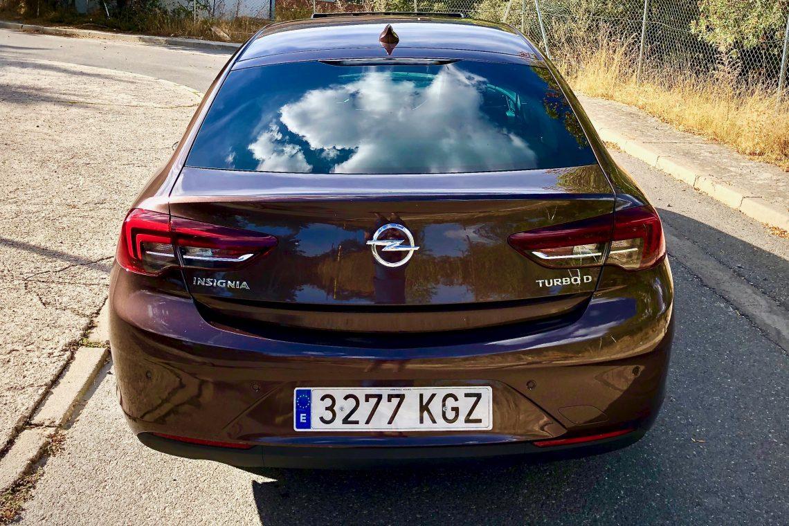 Vista trasera 1140x760 - Opel Insignia Grand Sport 1.6 CDTI 136 CV