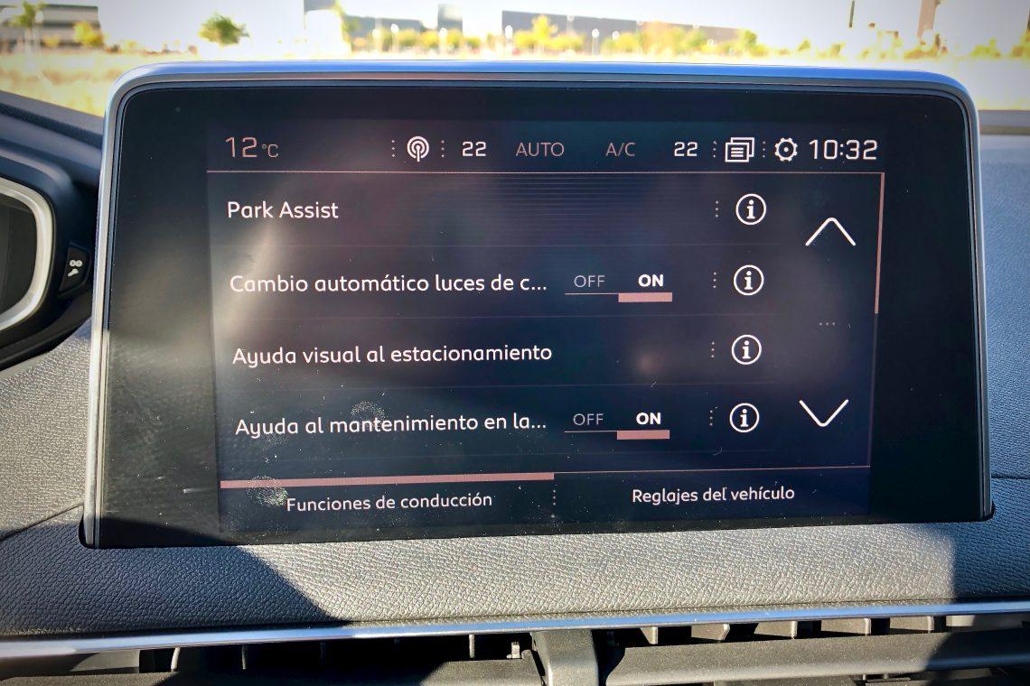 Asistentes de aparcamiento 1140x760 - Peugeot 5008 GT Line 1.5 BlueHDI 130 CV
