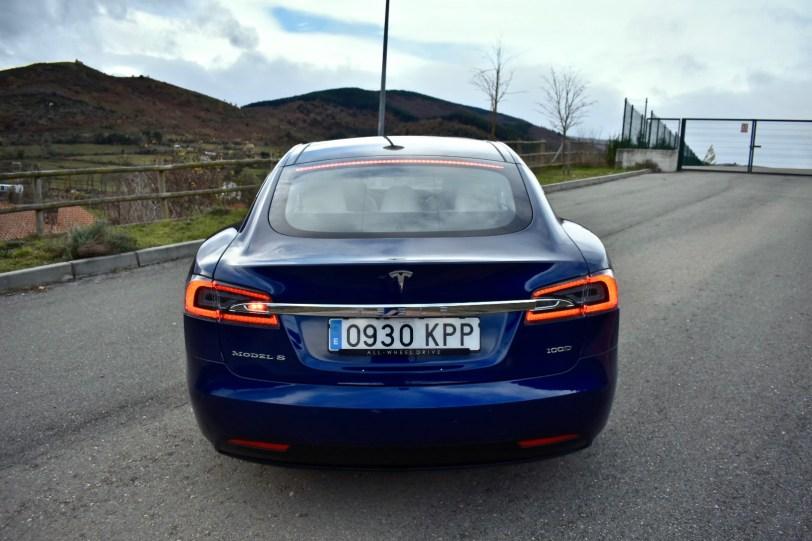 Trasera - Tesla Model S 100D y nuestro viaje de 1.000 km