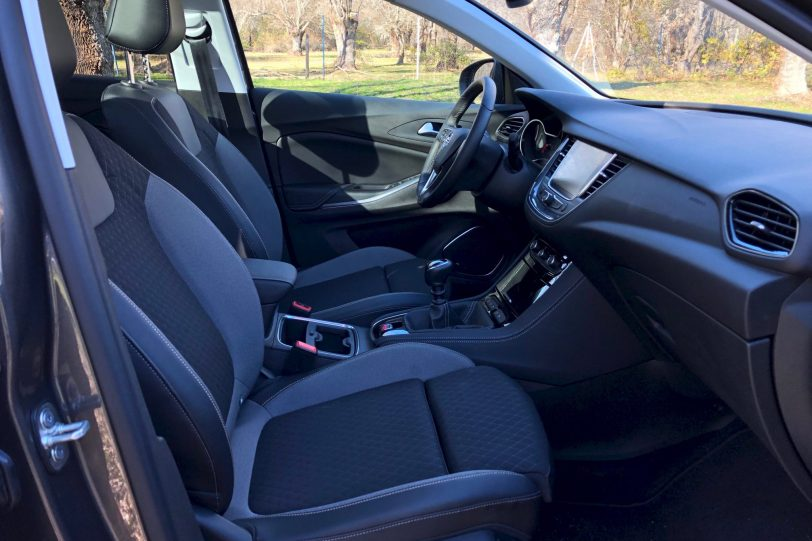 Asientos 1140x760 - Opel Grandland X Ultimate 1.5 CDTi 130 CV