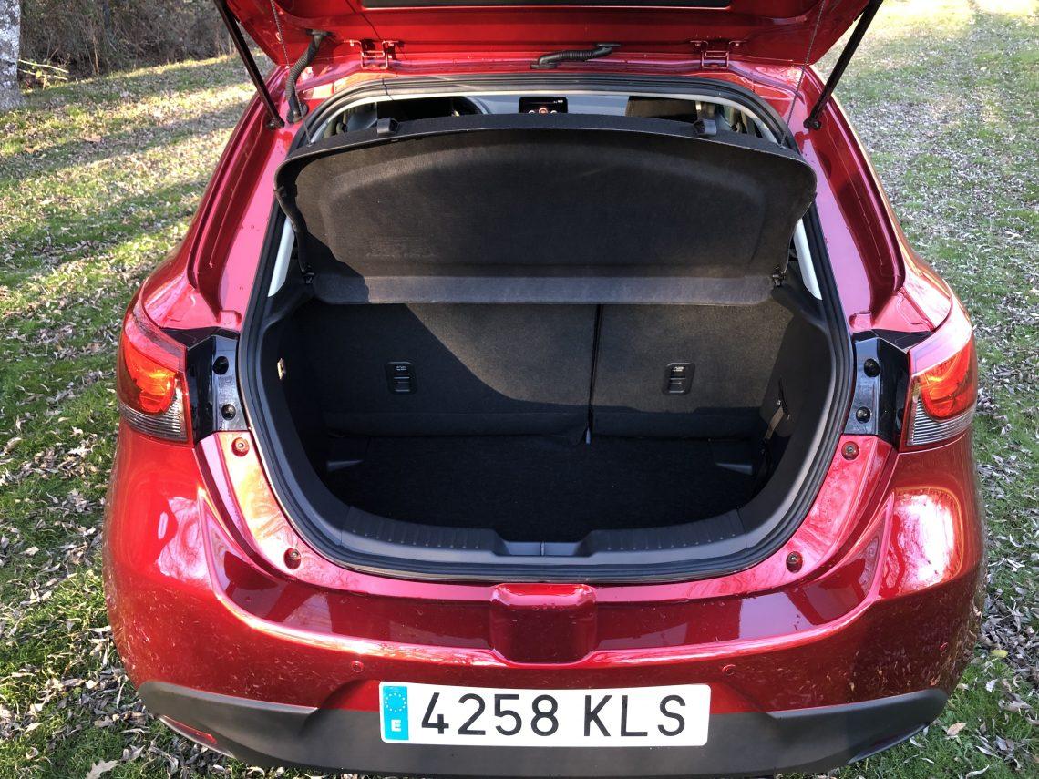Maletero 5 plazas Mazda2 1140x855 - Mazda2 Zenith 1.5 Skyactiv-G 90 CV