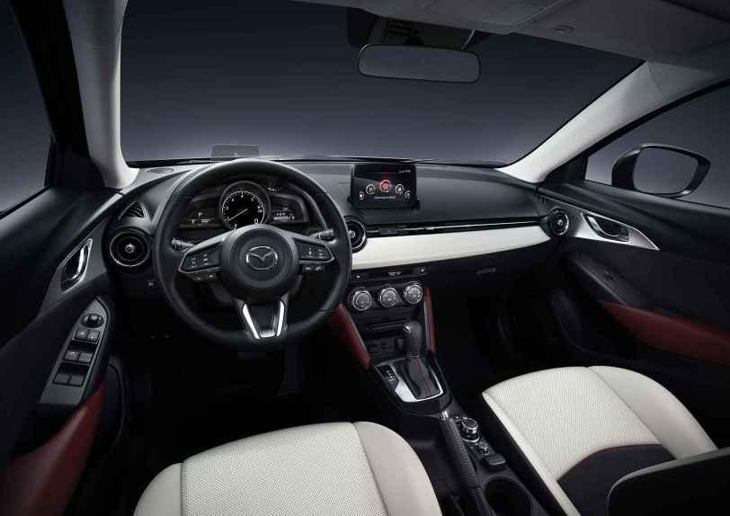 Mazda2 2018 05 - Mazda2 Zenith 1.5 Skyactiv-G 90 CV