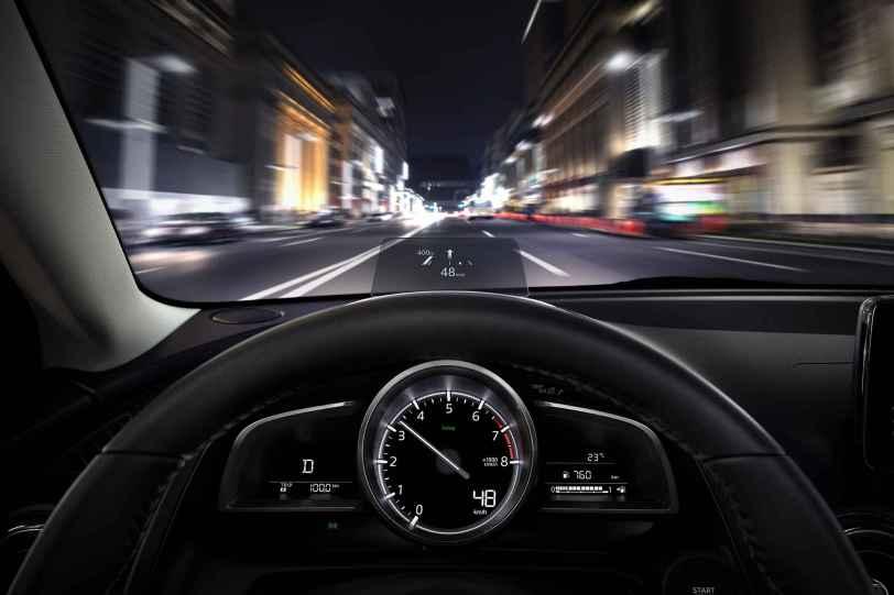 Mazda2 2018 06 - Mazda2 Zenith 1.5 Skyactiv-G 90 CV
