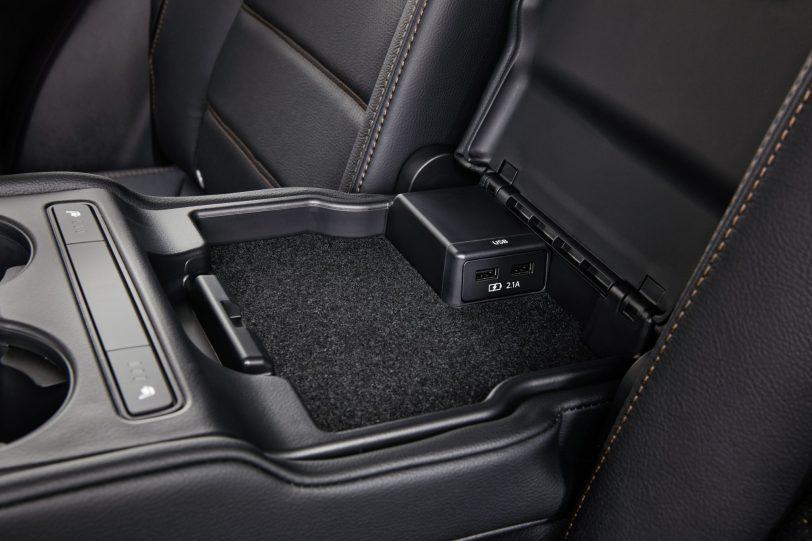 Plaza central botonera CX 5 - Mazda CX-5 2.0L SKYACTIV-G 165 CV 2WD MT Zenith Black