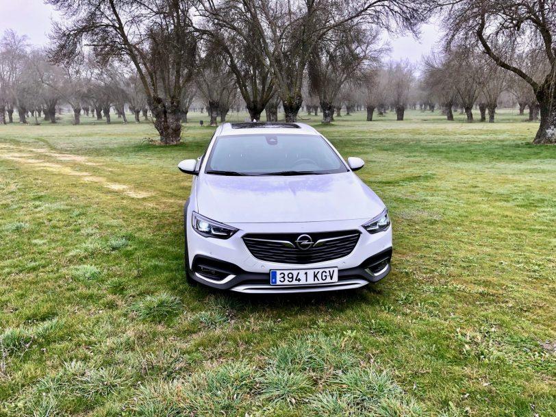 Portada Insignia CT - Opel Insignia Country Tourer 2.0 Turbo 260 CV