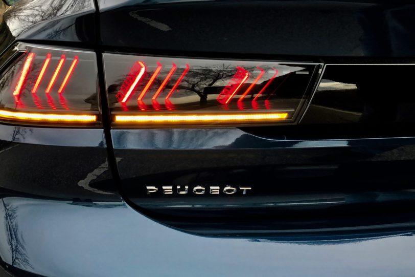 Piloto trasero izquierdo Peugeot 508 GT 1 1140x760 - Peugeot 508 GT: Viene para quedarse