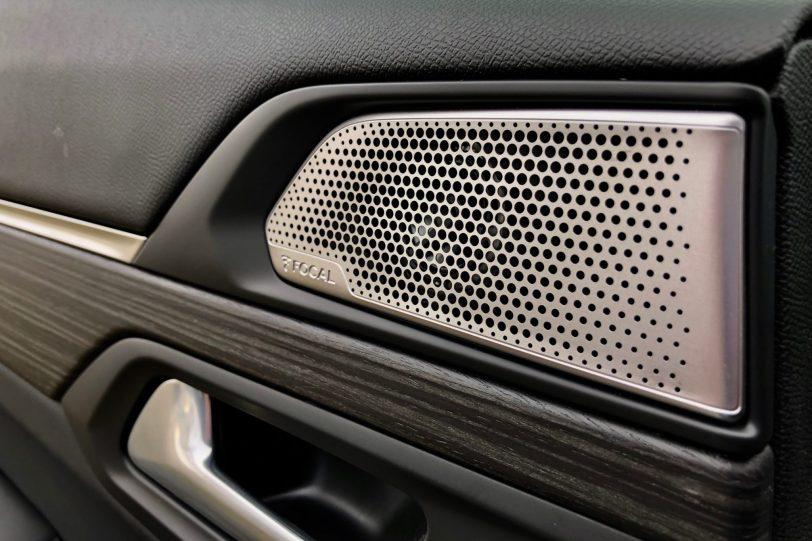 Altavoz puerta trasera Izquierda Peugeot 508 GT 1260x840 - Peugeot 508 GT: Viene para quedarse