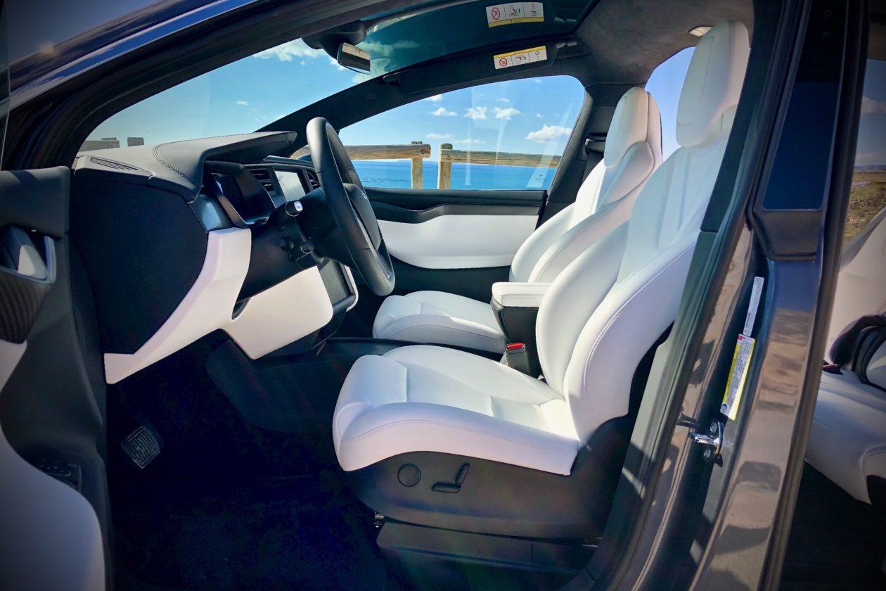 Plazas delanteras Tesla Model X 100D 1260x840 - Tesla model X 100D: No es cualquier SUV
