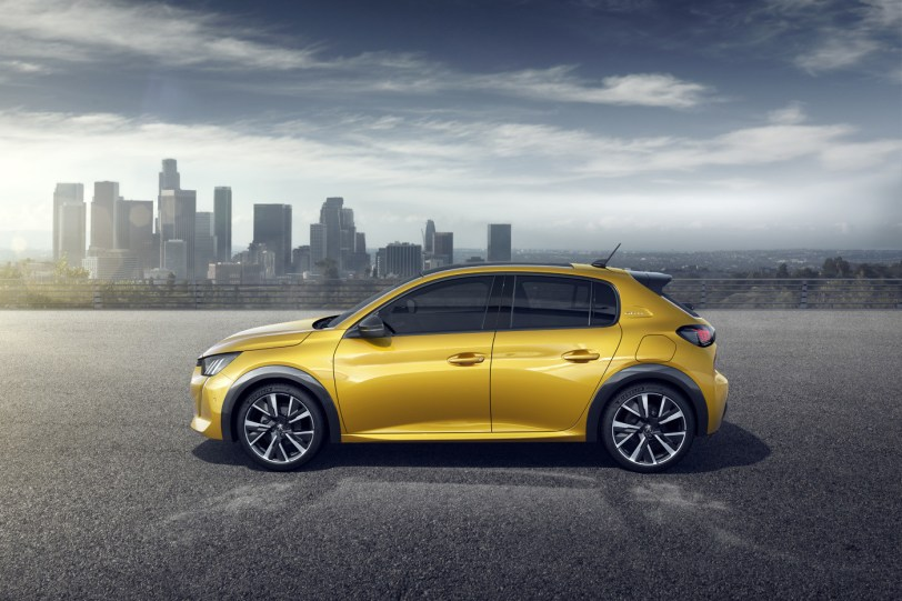 2560 3000 2 1260x840 - Nuevo Peuegot 208: Nuevo diseño, aspecto interior y ahora también un coche eléctrico