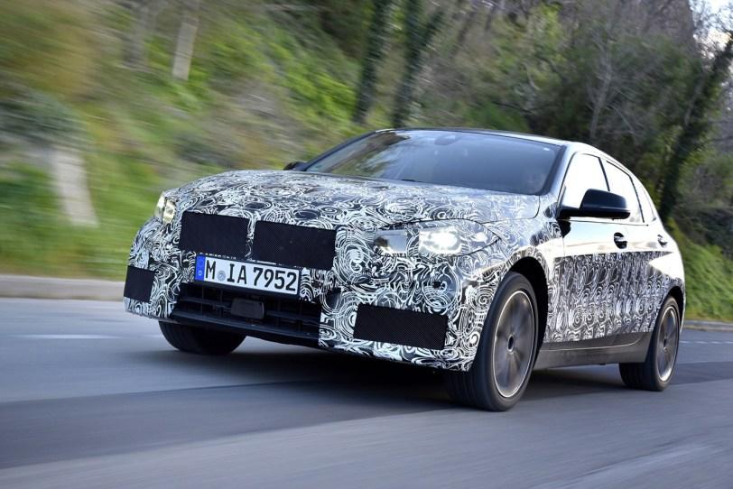 Frontal Izquierdo BMW Serie 1 - El nuevo BMW serie 1 se deja ver camuflado
