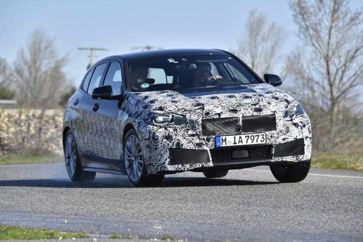 Frontal derecho BMW Serie 1 - El nuevo BMW serie 1 se deja ver camuflado