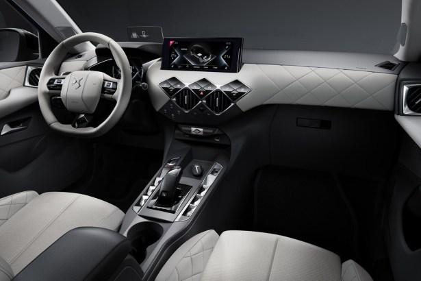 Interior DS 3 615x410 - El nuevo DS 3 Crossback E-tense (eléctrico) por fín tiene precio en Francia: 39.100 euros