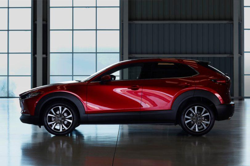 Mazda CX 30 at 2019GIMS 5 1260x840 - Mazda completa su gama con el nuevo Mazda CX-30
