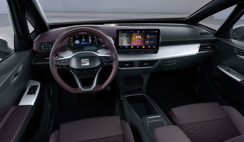 Puesto de conduccion Seat el Born - SEAT el-Born Concept con 204 CV y 420 km de autonomía. ¿Es el futuro de SEAT?