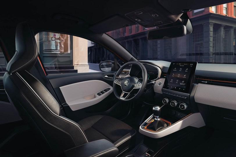 Salpicadero derecha Renault Clio 2019 1260x840 - Renault Clio 2019: un nuevo diseño, más calidad y tecnología, y ahora también con opción híbrida