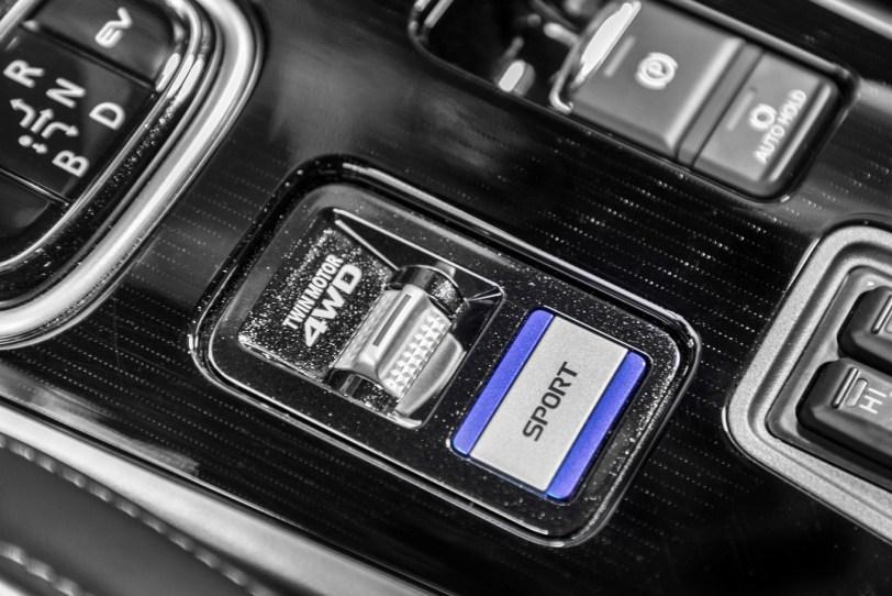 Sport Mitsubishi Outlander PHEV - Mitsubishi Outlander PHEV 2019: ¿El mejor SUV híbrido enchufable? con etiqueta CERO ¿Una buena alternativa?