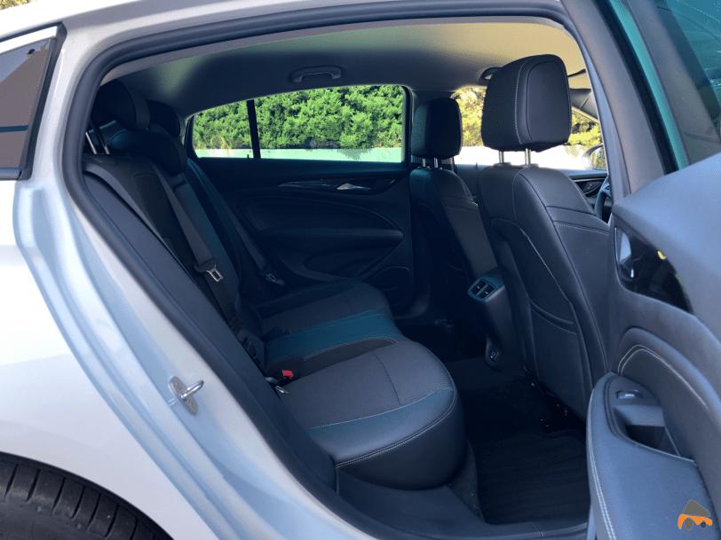 Plazas traseras Opel Insignia Grand Sport - Opel Insignia Grand Sport Innovation 2.0 CDTI 170 CV 2019: Cuenta con nuevas mejoras