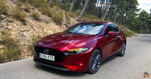 Frontal lateral izquierdo Mazda3 - Nuevo Mazda3: Un compacto deportivo con tecnología Mild-Hybrid