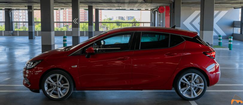 Lateral izquierdo Opel Astra 2020 145 CV - Opel Astra 2020 1.2 Turbo con 145 CV: Una renovación leve, pero muy necesaria