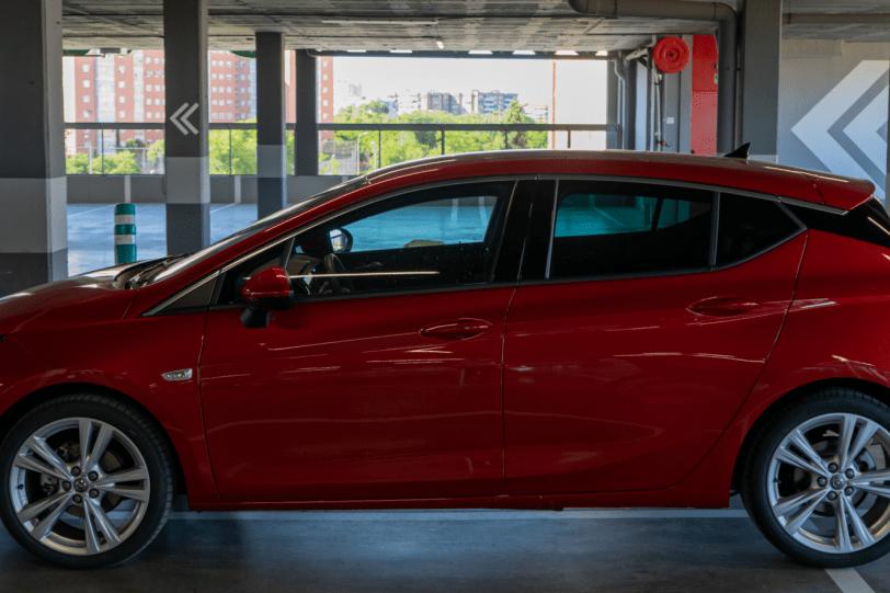 Lateral izquierdo Opel Astra 2020 145 CV 1260x840 - Opel Astra 2020 1.2 Turbo con 145 CV: Una renovación leve, pero muy necesaria