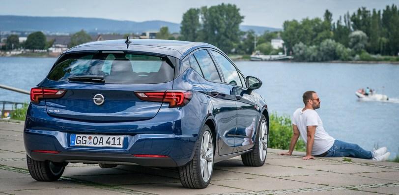 2777270 ykp510e1es whr - ¿Merece la pena el Opel Astra Elegance 1.5D EAT9 con 122 CV?