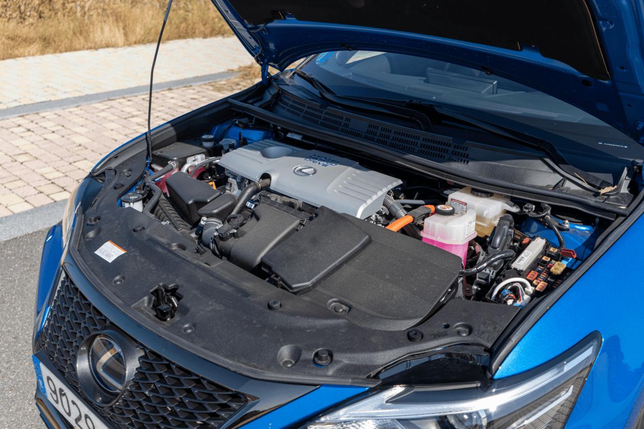 Motor Lexus CT 200h 1260x840 - Prueba Lexus CT 200h 2019: Un compacto híbrido de lujo