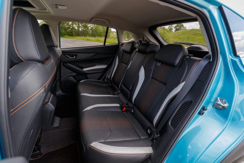 Plazas traseras vista izquierda Subaru XV Hybrid scaled - Prueba Subaru XV Eco Hybrid 2020: Un SUV híbrido, económico y con grandes cualidades off-road