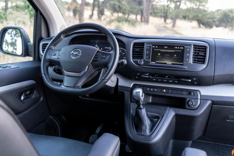 Puesto de conduccion Opel Zafira Life 1260x840 - Prueba Opel Zafira Life 2020: El compañero perfecto para viajar