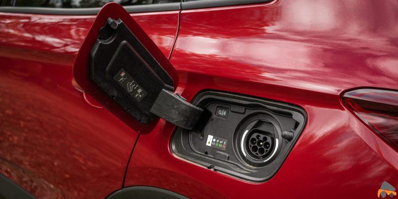 Puerto de carga Opel Grandland X Hybrid4 scaled - Prueba Opel Grandland X Hybrid4 2020: 300 CV y 59 km de autonomía eléctrica
