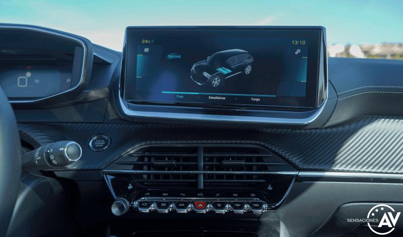 Pantalla multimedia Peugeot e 2008 GT - Prueba Peugeot e-2008 GT 2020: ¿Un Peugeot 208 con esteroides?