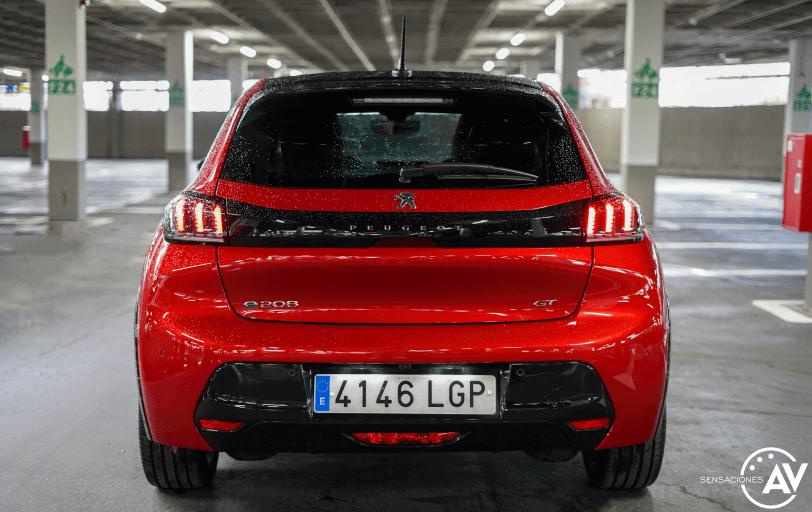 Trasera Peugeot e 208 - Prueba del Peugeot e-208 GT 2020: Un eléctrico con mucho carácter