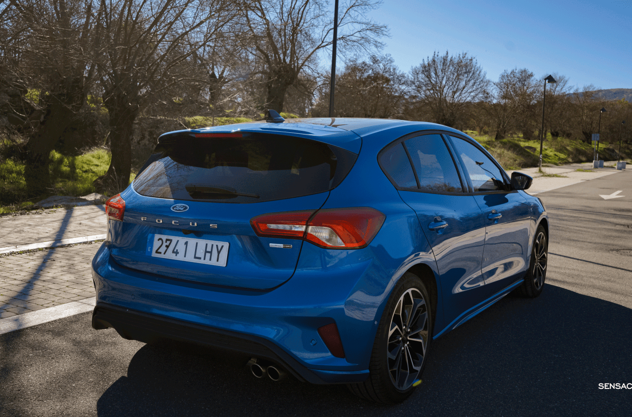 Trasera lateral derecho Ford Focus ST Line ECOBOOST Hybrid - Prueba Ford Focus ST Line 2020 1.0 Ecoboost MHEV 155 CV