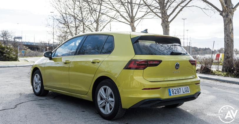 Trasera lateral izquierdo Volkswagen Golf 8 - Prueba Volkswagen Golf 8 1.5 eTSI 150 CV: ¿El rey con etiqueta ECO?