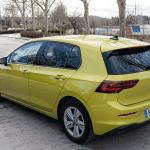 Trasera lateral izquierdo elevado Volkswagen Golf 8 - Volkswagen Golf 8 1.5 eTSI 150 CV: ¿El rey con etiqueta ECO?
