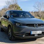 Frontal lateral derecho Mazda MX 30 - inicio