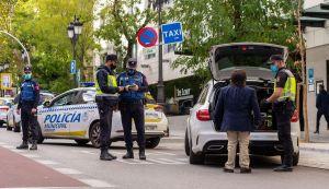 el gobierno aplica el estado de alarma en la comunidad de madrid - Restricciones de movilidad en el puente de San José 2021