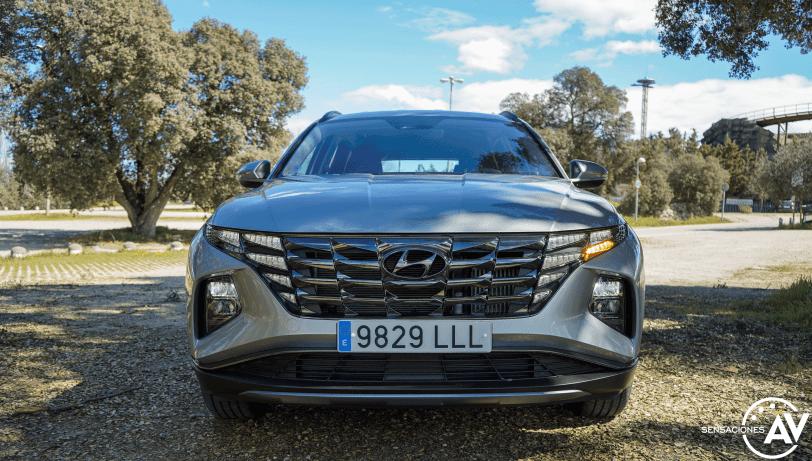 Frontal encendido Hyundai Tucson 2020 - Prueba Hyundai Tucson 2021 MHEV MAXX: Mucho más que un nuevo diseño