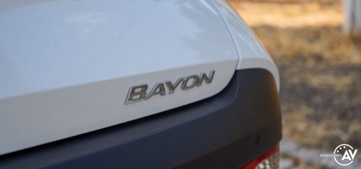 Logo Bayon Hyundai Bayon e1628414730406 - Prueba Hyundai Bayon 1.0 TGDi 48 V 100 CV AT Tecno: ¿El nuevo rey del segmento B-SUV?