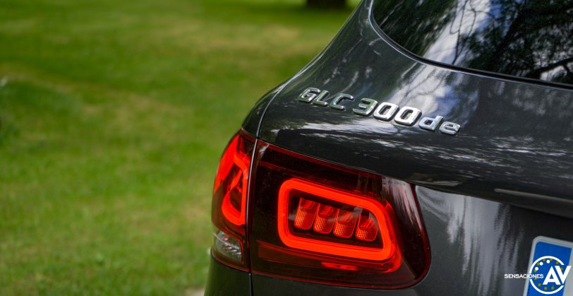 Logo GLC 300de Mercedes Benz GLC 300de - Prueba Mercedes-Benz GLC 300de 4Matic: Un SUV familiar, híbrido enchufable y diésel ¿Una buena combinación?