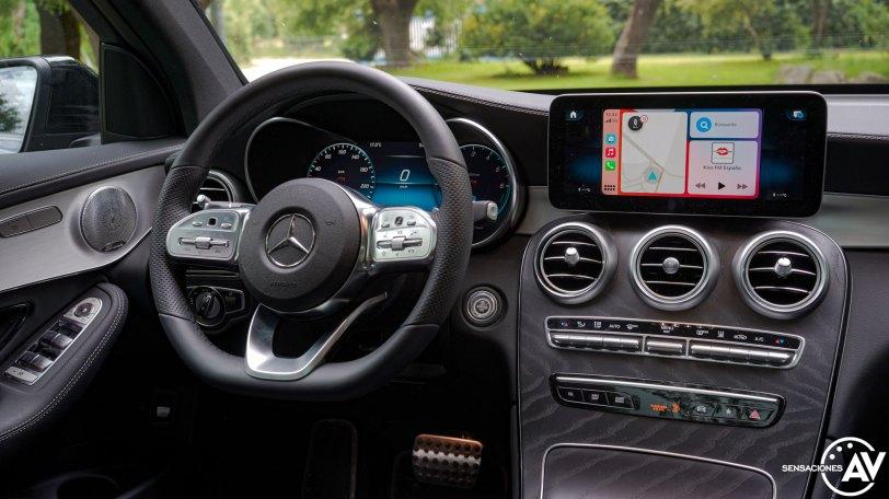 Puesto de conduccion Mercedes Benz GLC 300de - Prueba Mercedes-Benz GLC 300de 4Matic: Un SUV familiar, híbrido enchufable y diésel ¿Una buena combinación?