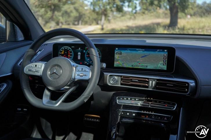 Puesto de conduccion Mercedes EQC - Prueba Mercedes-Benz EQC 400 4Matic: El SUV eléctrico de Mercedes que destaca por su confort y por su tecnología