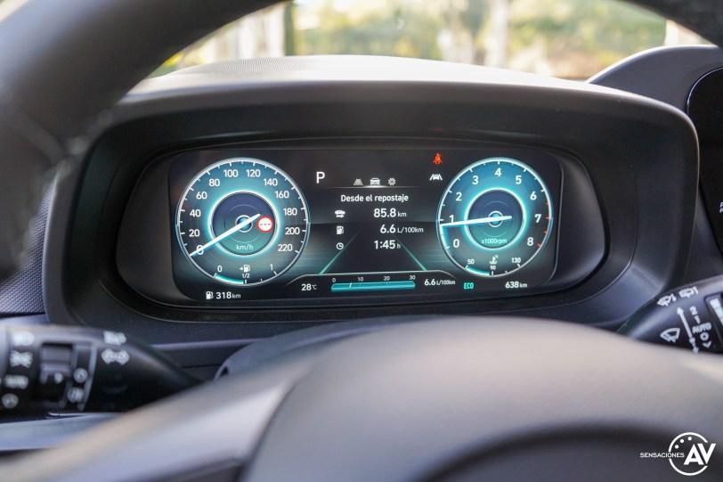Tacometro 2 Hyundai Bayon - Prueba Hyundai Bayon 1.0 TGDi 48 V 100 CV AT Tecno: ¿El nuevo rey del segmento B-SUV?