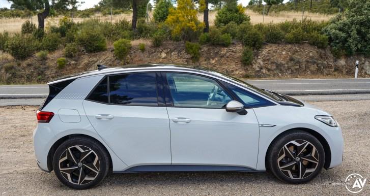Lateral derecho Volkswagen ID3 - Prueba Volkswagen ID.3 Pro 2021: Una nueva era eléctrica