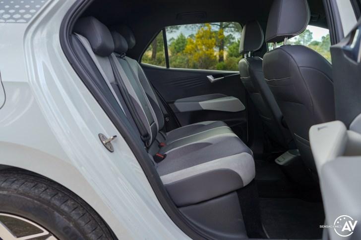 Plazas traseras vista derecha Volkswagen ID3 - Prueba Volkswagen ID.3 Pro 2021: Una nueva era eléctrica
