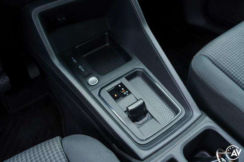 Consola central Volkswagen Caddy Outdoor - Prueba del nuevo Volkswagen Caddy Outdoor 2021: Un auténtico referente