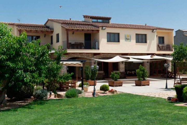 Alojamientos rurales-en-familia- Cal Modest, una maravillosa casa rural en Tornabous